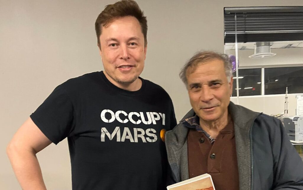 Elon MUsk and Dr. Zubrin are two of the world's greatest Mars enthusiasts.
